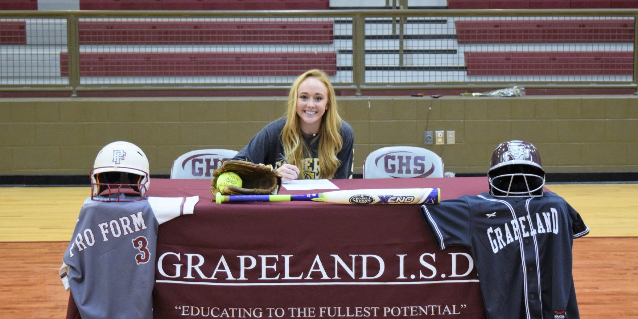 Taylar Mullen Signs with Cameron University