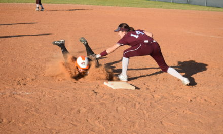 Sandiettes Look Sharp in Softball Scrimmage
