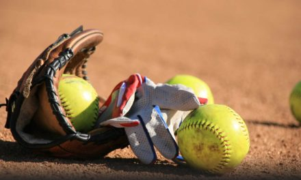 Big Fifth Inning Keys Sandiette Win