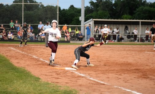Sandiettes Close Out District with Win over Lady Lions