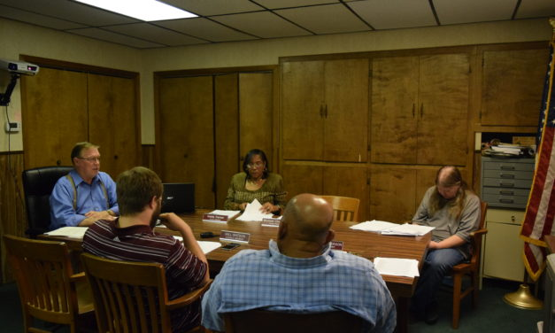 Stoplight Concerns Addressed at Grapeland City Council