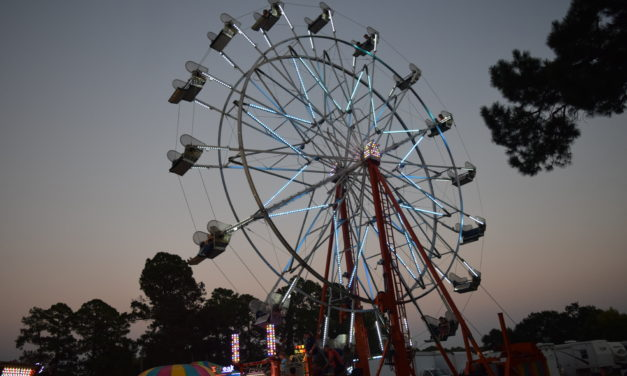 Carnival Attracts Large Thursday Night Crowd