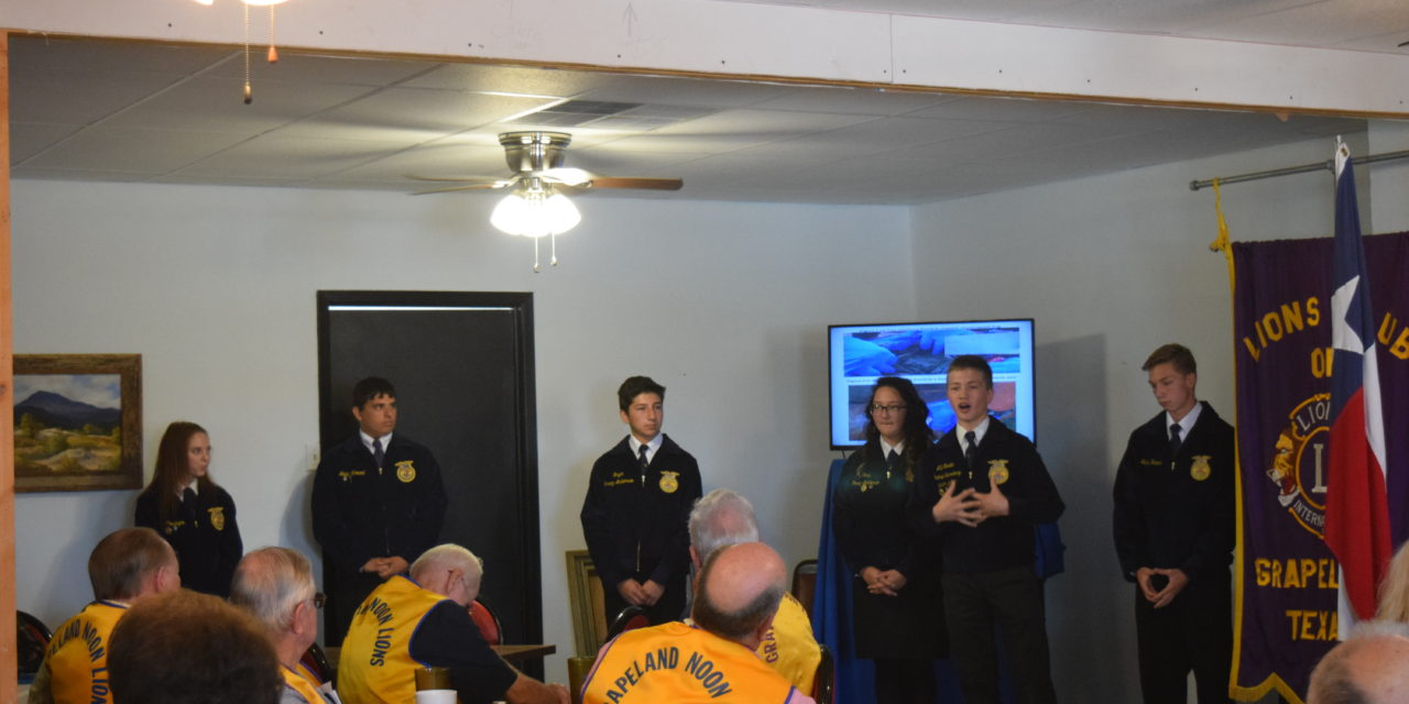 Grapeland FFA Gives Presentation to Lions Club