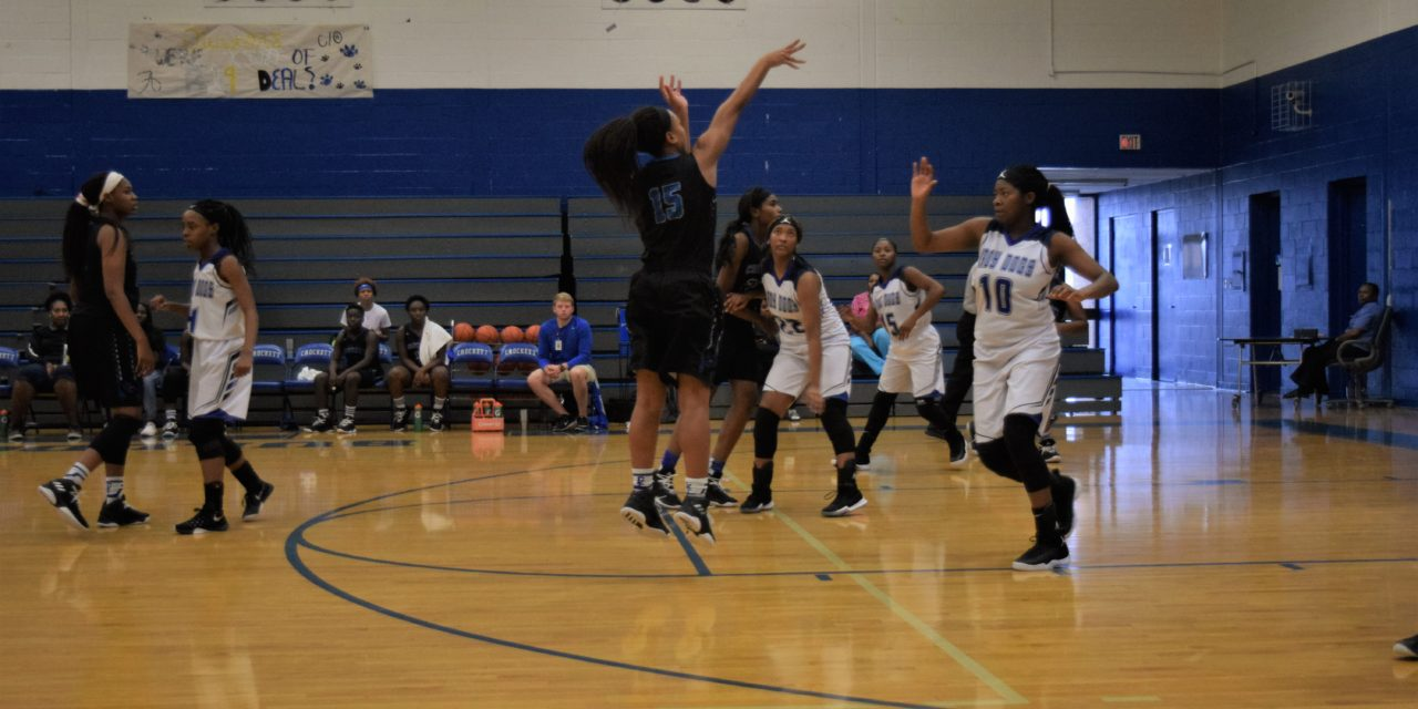 Lady Bulldogs Open Tourney with Win