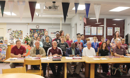 Grapeland ISD Recognizes UIL Participants During Meeting