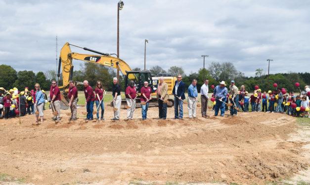 Grapeland ISD Breaks Ground on Elementary School
