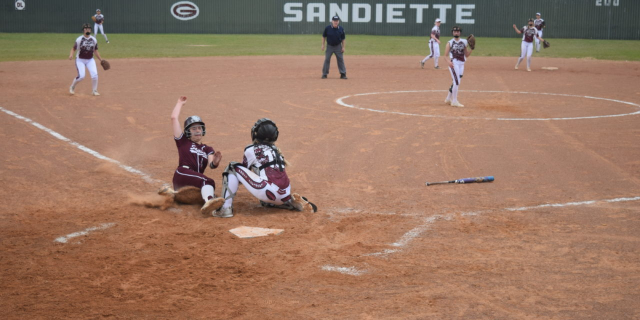 Sandiettes Slide into Homestretch Undefeated in District