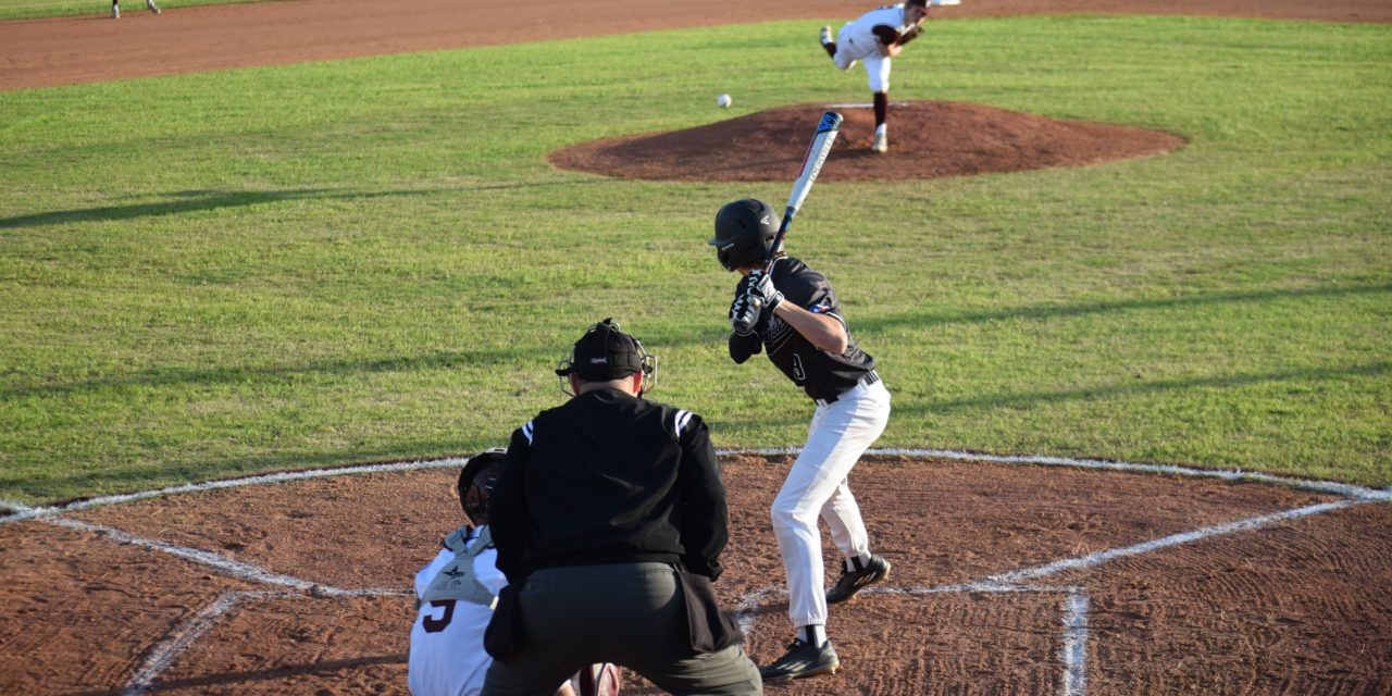 Sandies Rally in Sixth Inning to Defeat Tigers