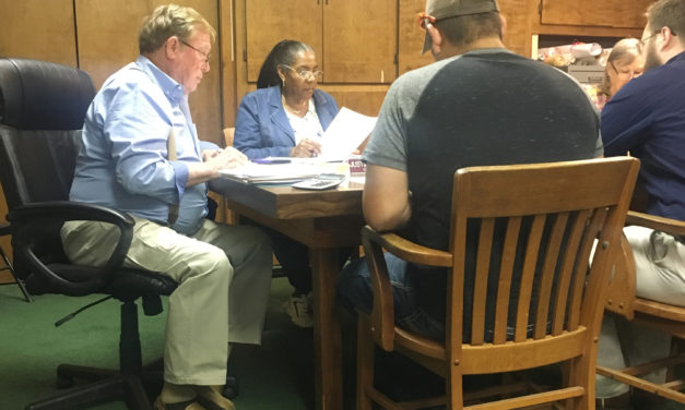 Grapeland City Council Discusses Library Funding