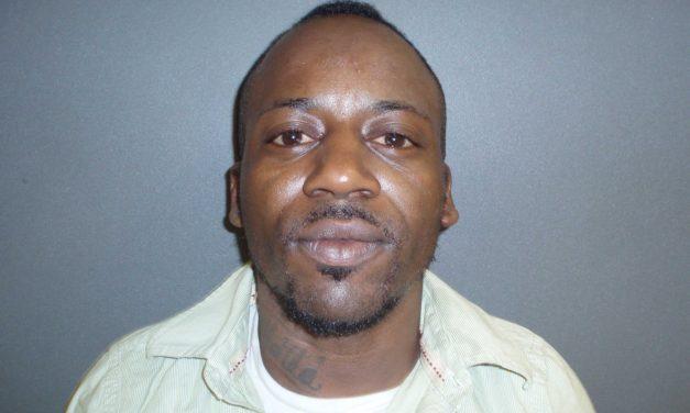 Suspect in Double Stabbing in Custody