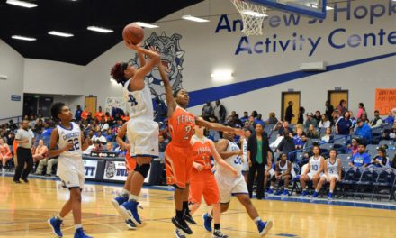 Lady Bulldogs Come From Behind for Win